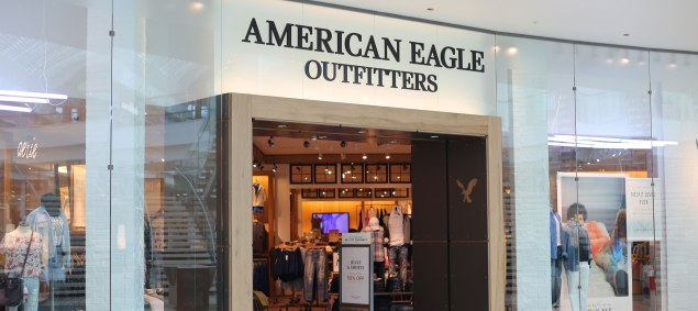 1524510642American-Eagle-Storefront